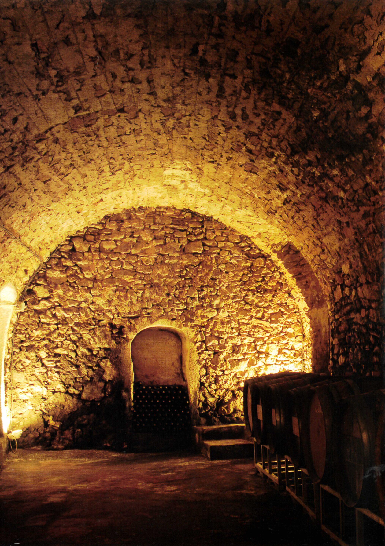 chapelle vin de bandol domaine de la Bégude